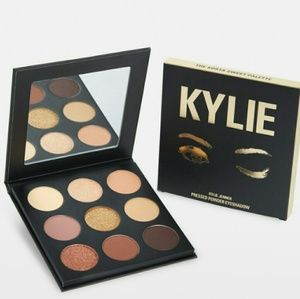 Kylie sorta sweet eyeshadow